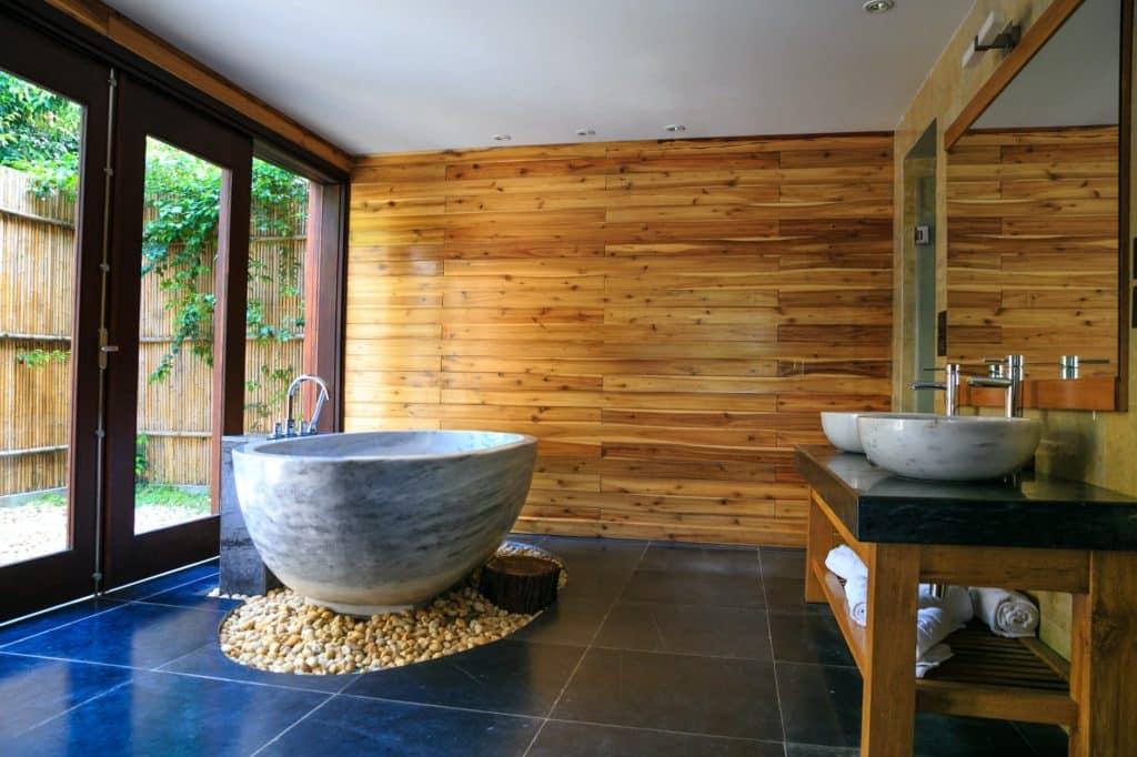 Bathroom with Contemporary Materials