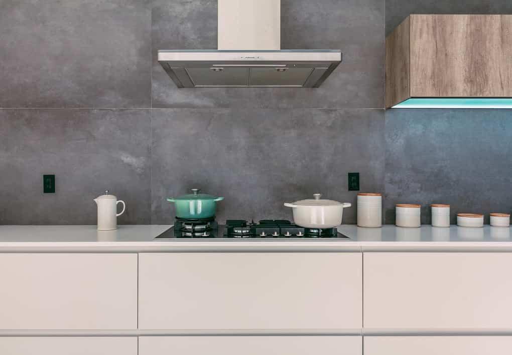 Concrete kitchen backsplash