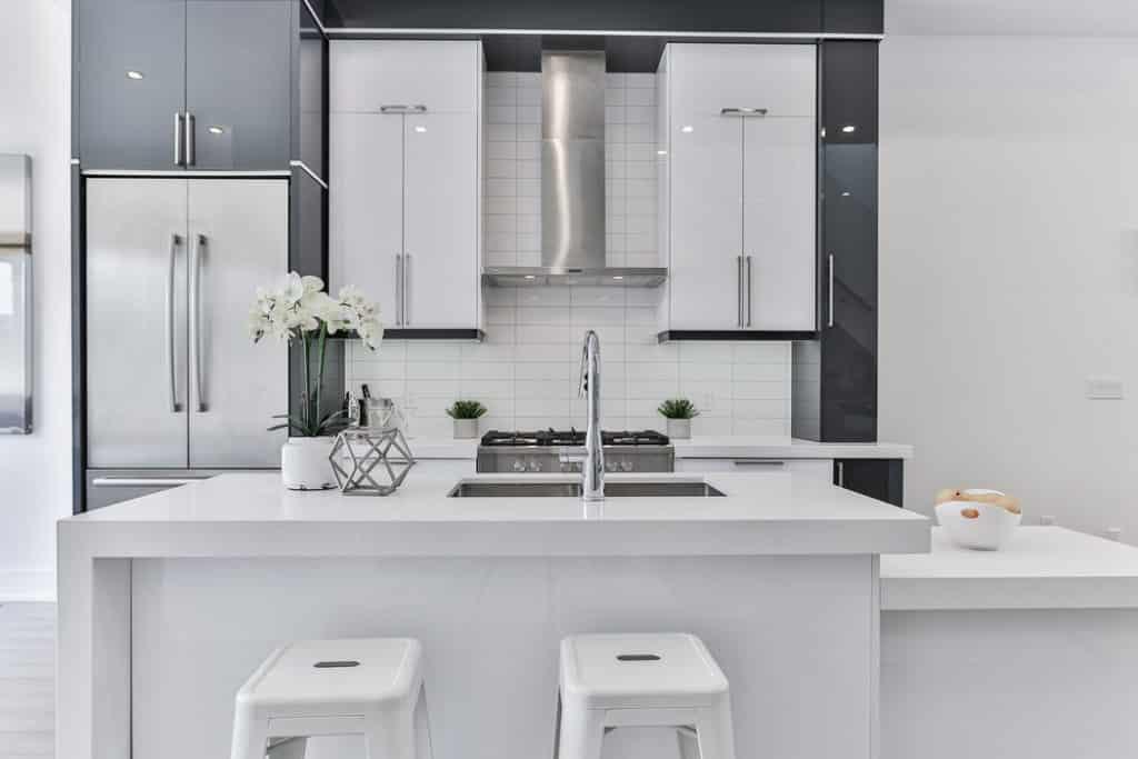 Kitchen with minimal design