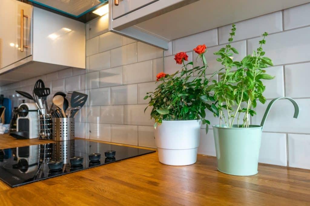 tile kitchen backsplash materials