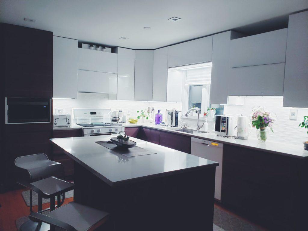 two-tone refinishing kitchen cabinets