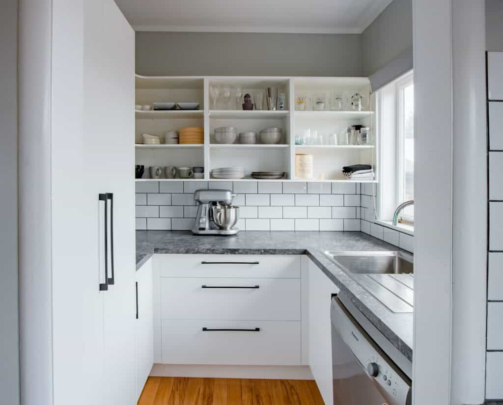 Kitchen layout mistakes landing space