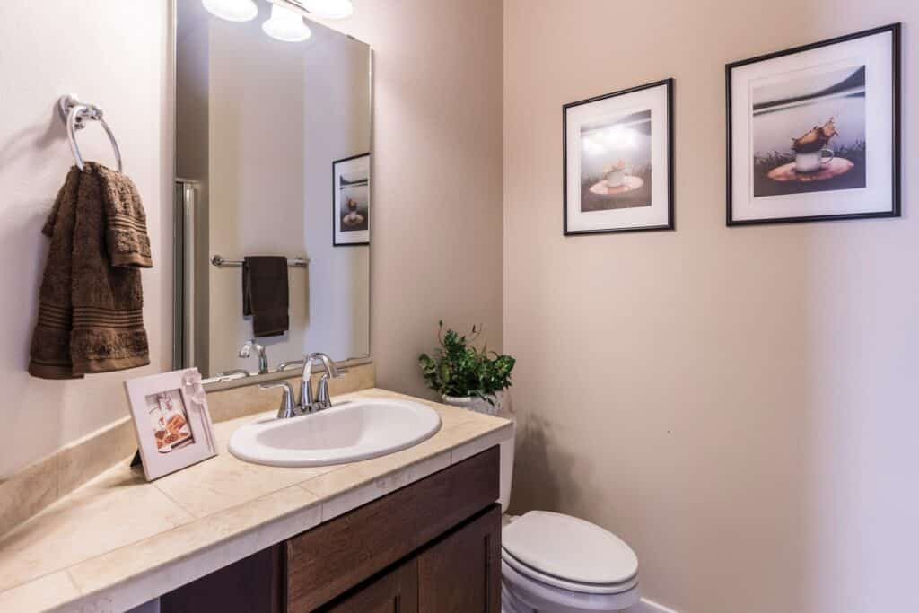 common bathroom remodeling mistakes
