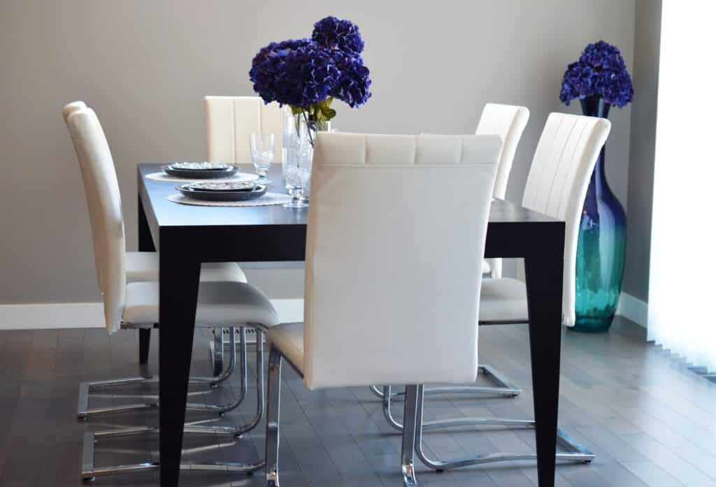 Outdated trends for dining room
