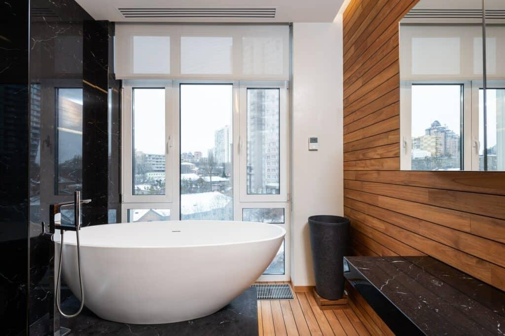 cost refinishing bathtub