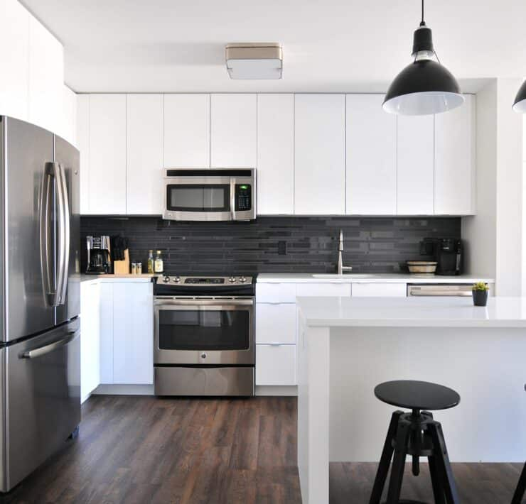 how to hire kitchen remodel contractor