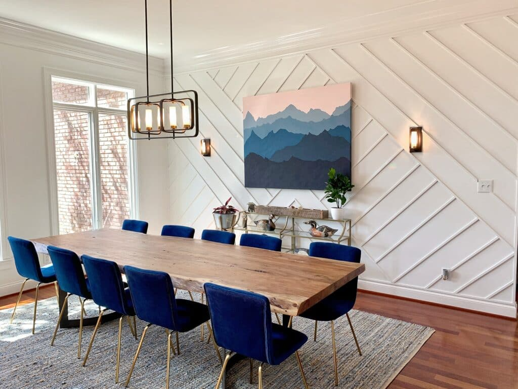 contrast colors dining room